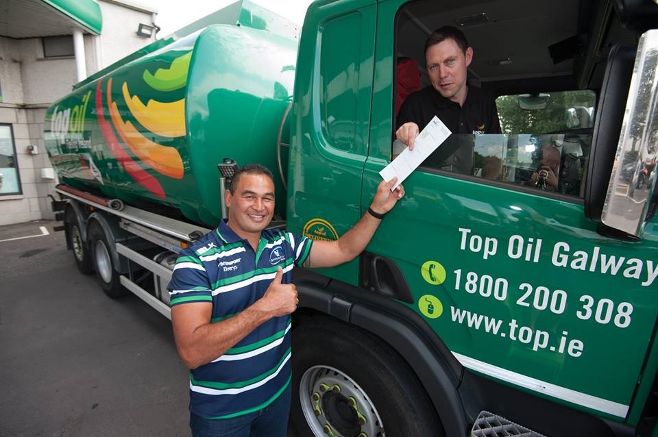 Connacht Rugby and Top Oil extend their partnership for a further three years
